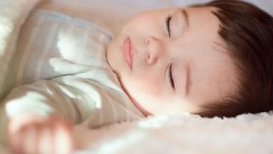صورة ملف خاص.. نصائح وعادات يومية لتنظيم نوم طفلك