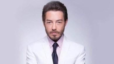 """صورة بسبب """"صفعة"""".. أحمد زاهر يعتذر من زميلته -فيديو"""