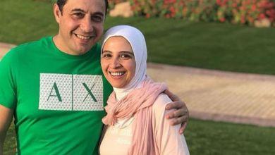 صورة حنان ترك تخطف الأنظار رفقة زوجها- صورة