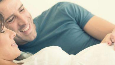 صورة هل ممارسة العلاقة في بداية الحمل يضر بالجنين؟