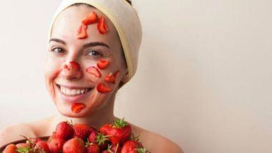 صورة تعرفي على أفضل الوصفات الطبيعية بالفراولة للبشرة الدهنية