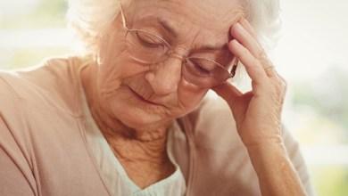 صورة ما هي  الأعراض الأولية لمرض الزهايمر؟