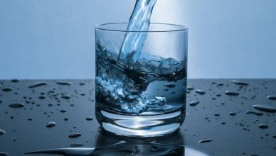 صورة كم يحتاج جسمك من الماء بعد ساعات الصوم؟