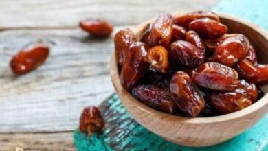 صورة كيف يفيد تناول التمر فى رمضان صحتك؟