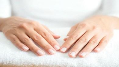 صورة 4 عادات يومية تحمي يديك من الجفاف