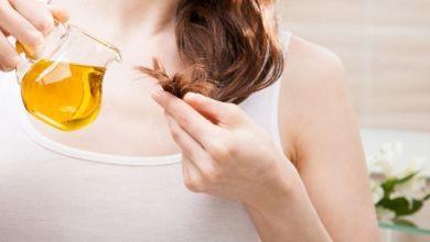 صورة جربي قناع الشاي الأخضر وزيت الزيتون لشعر ناعم وطويل