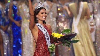 صورة المكسيكية أندريا ميزا تتوج بلقب ملكة جمال الكون لعام  2021 – صور