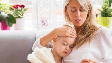 صورة متى يكون ارتفاع الحرارة خطيرا على الأطفال؟