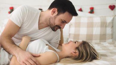 صورة 5 عبارات ساخنة ومثيرة تجعل الرجل مولعا بزوجته