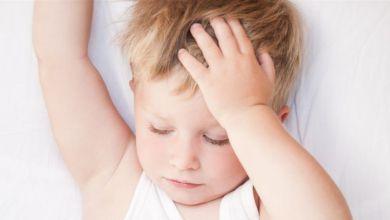 صورة متى يكون صداع الطفل خطيرا؟