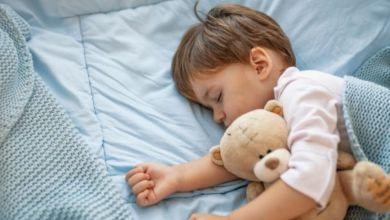 صورة خوف الأطفال أثناء النوم.. هل يستدعي القلق؟