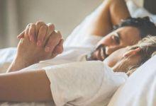 صورة هل يؤثر فشل العلاقة الحميمة في ليلة الدخلة على الزوجين؟