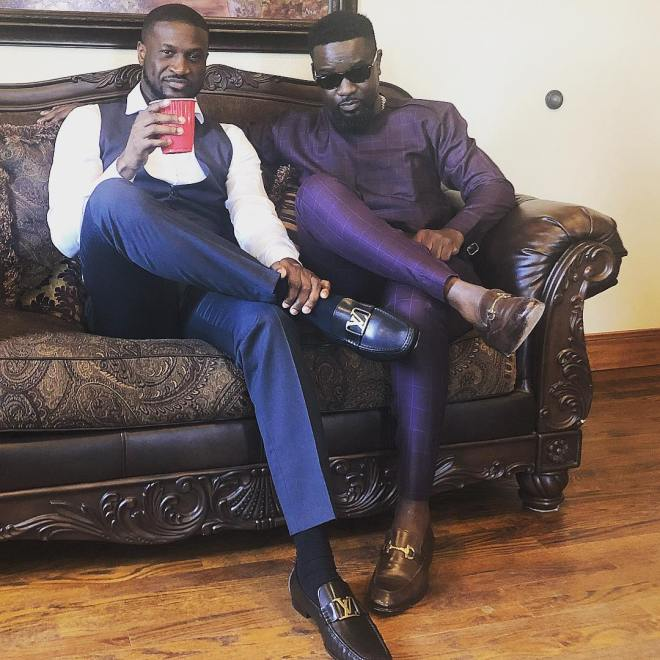 Sarkodie hangs out with Peter Okoye of P-Square ahead of wedding