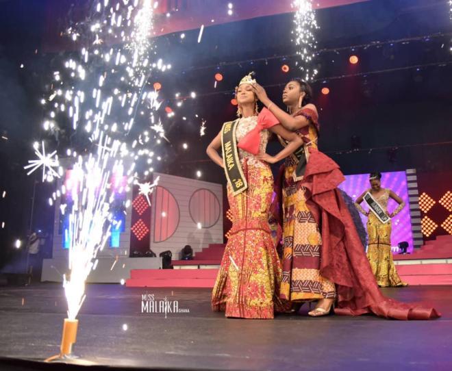Mariam Owusu-Poku being crowned Miss Malaika 2018