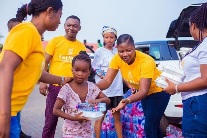 Actress Salma Mumin feeds over 1,000 'hungry' kids in Accra