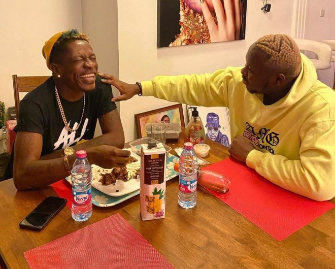 Medikal dines with Shatta Wale, cracks him up