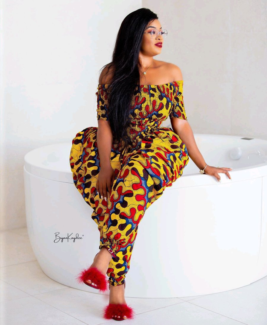 Meet The Beautiful And Charming Ghanaian Medical Doctor Who Is Causing Confusions With Her Shapes 3