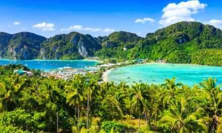 Thailand bans smoking on its beaches