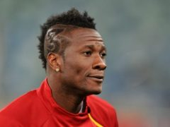 Asamoah Gyan involved in a fight with a Great Olympics fan