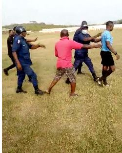 Fans Of Elmina Shark Attacks Referee After They Lost 2-1 To Medeama