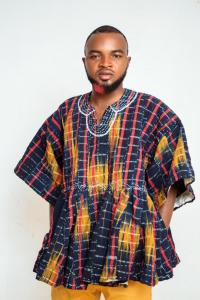 Amoah smocks - Ghanaian young entrepreneur endowed with Authentic hand weaven skills