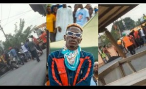 Shatta Wale leads Nima Boys to assault road engineers for not permitted to pass.