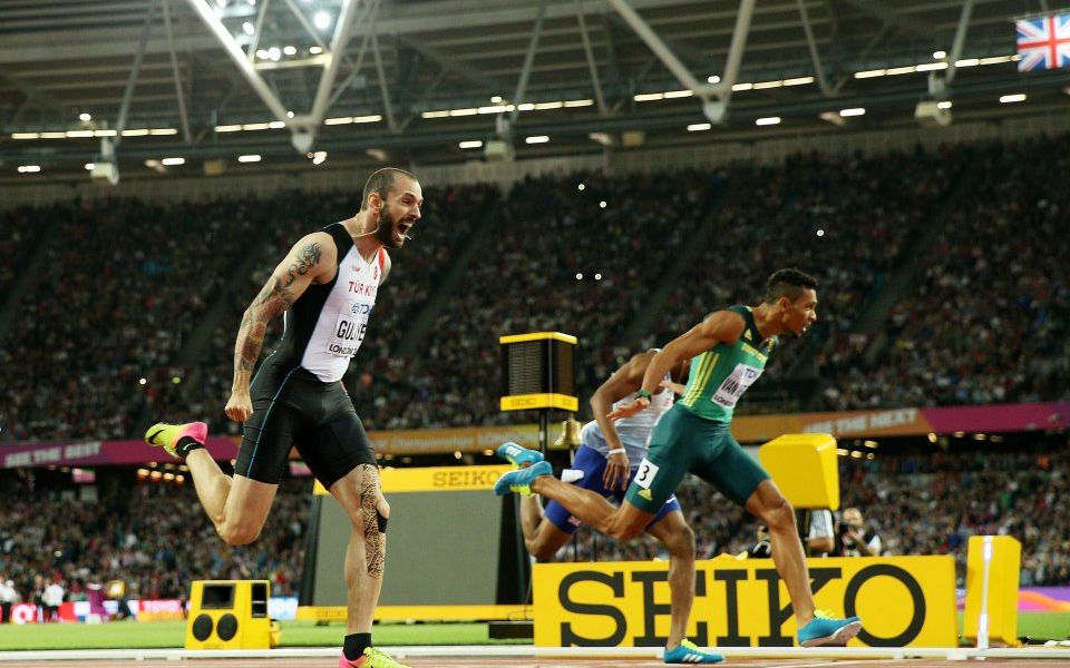 Turkey's Guliyev stuns field to win 200 meters