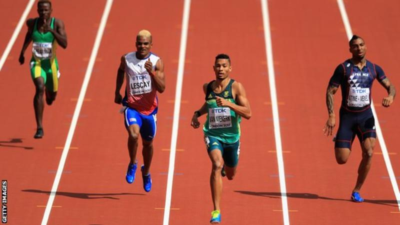 Isaac Makwala qualifies for 200m semi-finals in World Championship time-trial