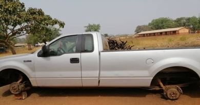 Tamale: Angry youth seize NPP chair's vehicle for failing to give them jobs