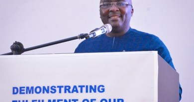 Bawumia: Savings and Loans, Microfinance Depositors will all get their Deposits in full