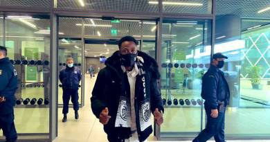 Ghana defender Baba Rahman arrives in Greece to complete loan move to PAOK