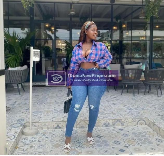 Instagram model displays her huge shape to cause confusion online [Photos]
