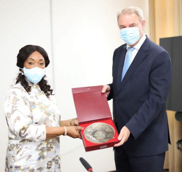 Foreign Minister bids farewell to outgoing Netherlands Ambassador