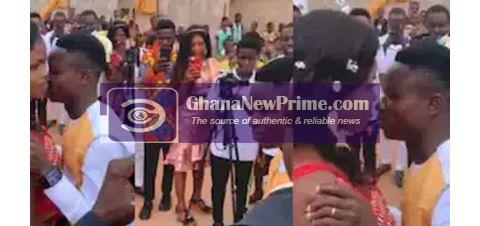 Drama As Bride Refuses To Kiss Husband, Says his Mouth Smells