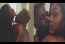 Photo of Leaked video of Efia Odo and Shatta Wale in a bath tub breaks the internet