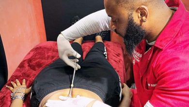 Photo of Video: Watch The UnbearablePains Wendy Shay Went Through To Get Her Piercing Done (Watch)