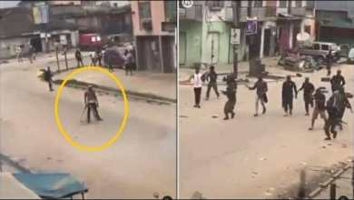 Photo of Video: Bullets failed to enter the body of EndSARS protester despite police shooting him with AK47 gun (Watch)