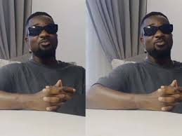 Photo of Video: Watch the style Sarkodie used to announce the 2020 BET International flow winner