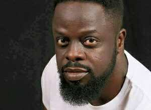 Photo of U-TURN! Ofori Amponsah returns to church as he prophesies at Abbeam Danso's Let's Worship event