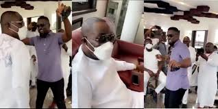 Photo of Sarkodie shares the dancefloor with Dr. Osei Kwame Despite on his birthday (Watch Video)
