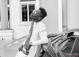 Photo of Blogger Drops Deep Secrets of Shatta Wale