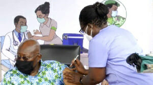 Photo of Coronavirus: Why nurses who administered vaccine to Nana Addo, others didn't wear gloves