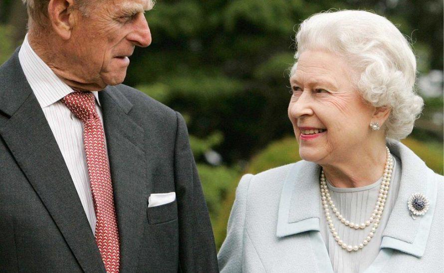 Queen Elizabeth II's husband (Duke of Edinburgh) dies at aged 99