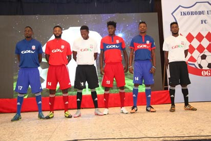 •Players of Ikorodu United in the Club's jerseys during the lauch.