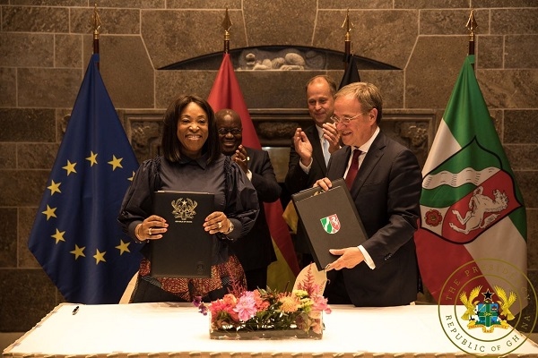 Shirley Ayorkor Botchway, Ghana's Foreign Minister (left) and Armin Laschet, Minister-President for North Rhine-Westphalia