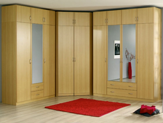 A Mirrored Sliding Door Provides Several Unique Advantages The Proper Placement Of Mirrors Can Cause Room To Ear Larger Than It Actually Is
