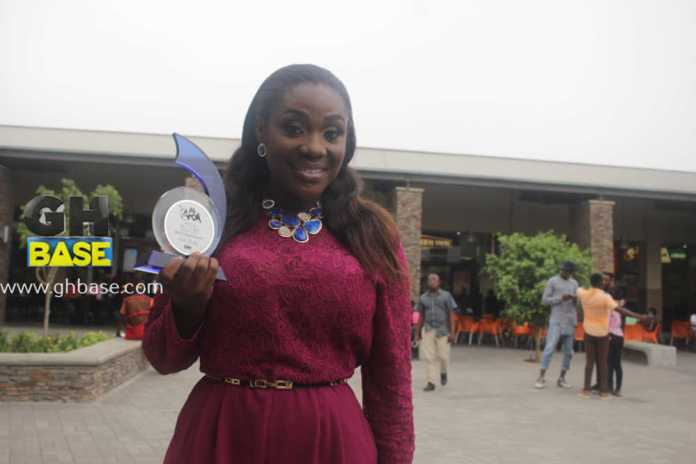 emelia brobbey wins award