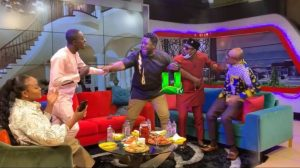 Lil Win and Funny Face Clashes At United Showbiz - Video)