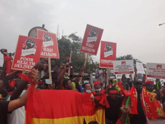 #FixTheCountry Demo Starts as hundreds come together to protest (See Photos)