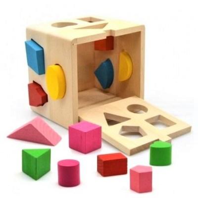 Cub sortator din lemn